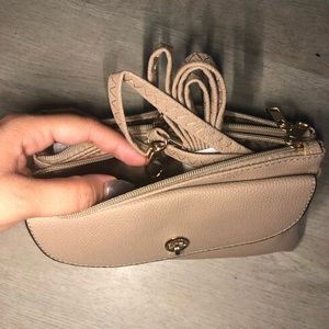 Handbags - Cute tan crossbody bag